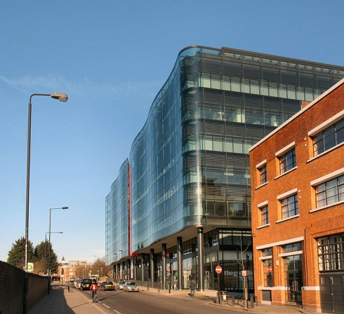656px-Kings_Place_from_York_Way_in_2009