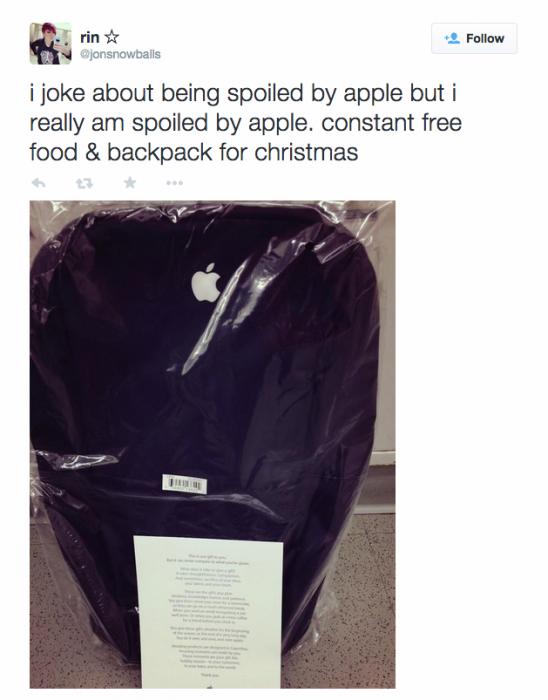apple-backpack-incase-gift-twitter
