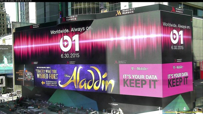 Apple-billboard-Beats-One-Times-Square