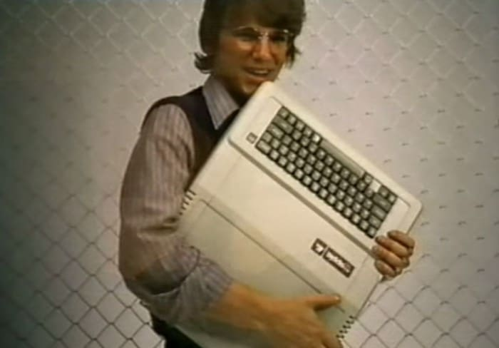 guy-hugging-apple-computer-80s-amazing
