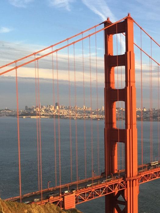San-Francisco-Bridge-iPhone-SE-iPad-including-iPad-Pro