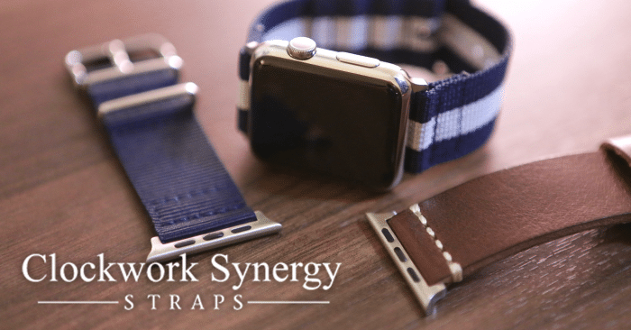 Kép: Clockwork Synergy szíjak két szíjjal és egy Apple Watch-csal a képen.