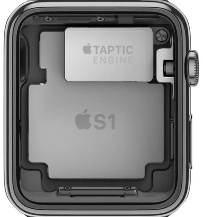 Kép: Az Apple Watch belülről, felfedve a Taptic Engine-t, és alatta a készülék lelkét adó S1 chipet.