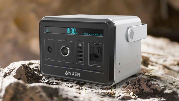 Borítókép: Az Anker PowerHouse egy sziklára helyezve.