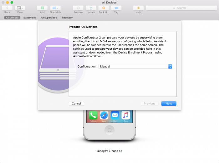 Kép: Apple Configurator: iOS eszköz előkészítése a felügyeletre a Prepare opcióval.
