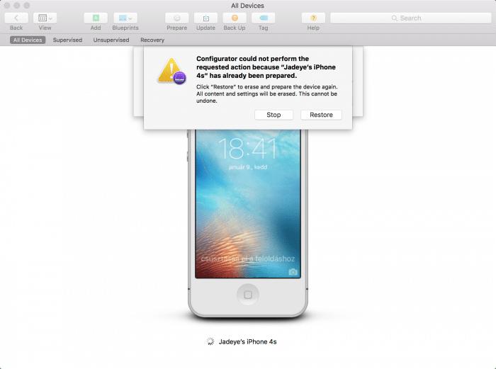 Kép: Apple Configurator: az eszköz felügyeletéhez a készülék szoftverének visszaállítása (restore) szükséges, amit jóvá kell hagynunk.