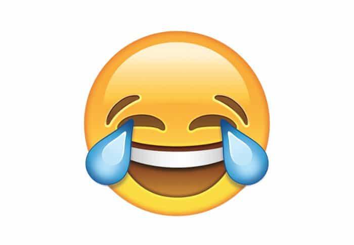 Borítókép: Sírva nevető emotikon.