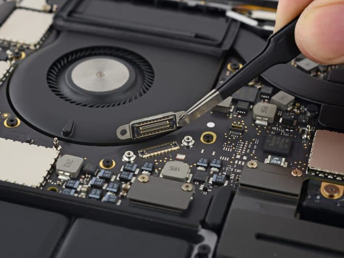 ifixit-ssd-data-transfer-connector