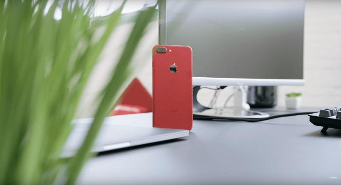 Piros iPhone 7 videó