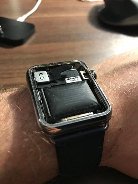 Apple Warch felpúposodott akkumulátor