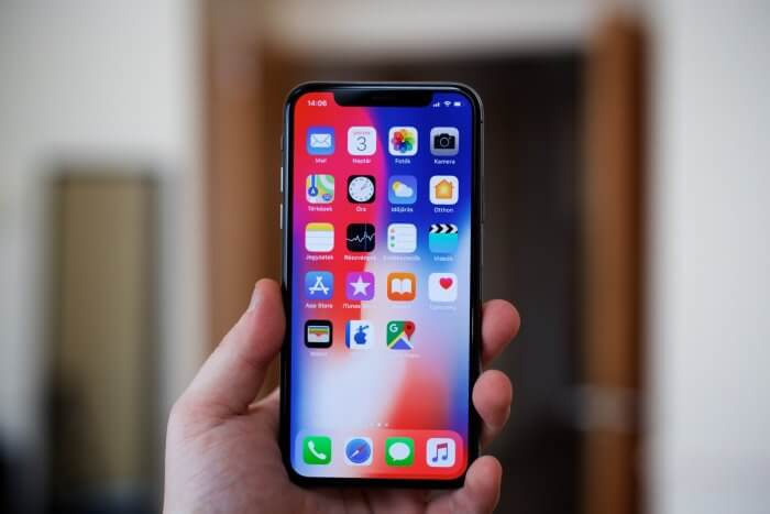 iPhone X méret