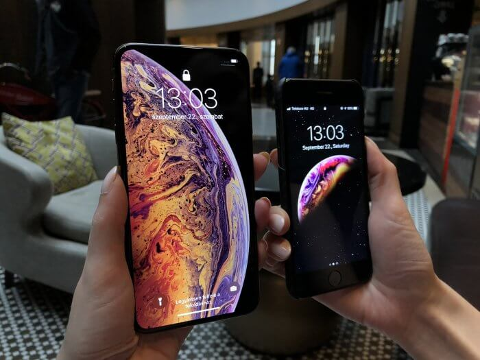 iPhone XS Max és iPhone 8