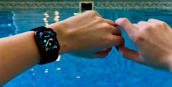 Apple Watch úszás