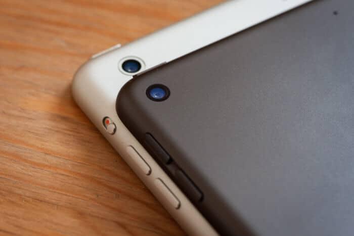 iPad mini 5 kamerája se türemkedik ki a hátlapból