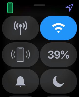Az Apple Watch Vezérlőközpontja, aktív Bluetooth kapcsolat esetén